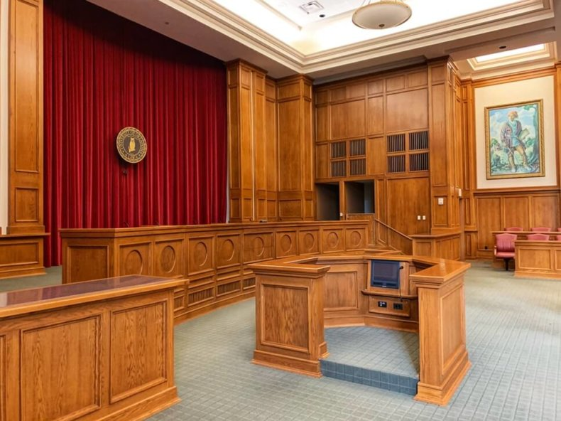 8 Traits & Skills of A Deposition Court Reporter